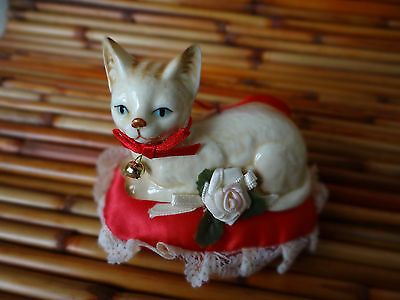 vintage 1989 Kurt S Adler ceramic cat kitten figure on pillow ornament christmas