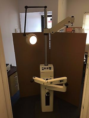 Topcon Ophthalmic Stand, model IS-1000 with 3 charging wells. 100% Fully Tested.
