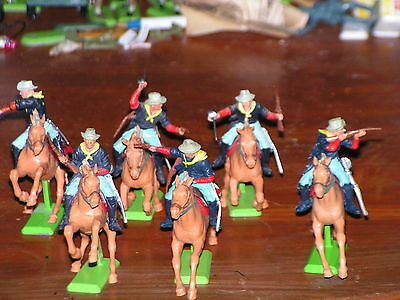 BRITAINS DEETAIL 7th CAVALRY -  1ST SERIES MADE IN ENGLAND SUPURB CONDITION