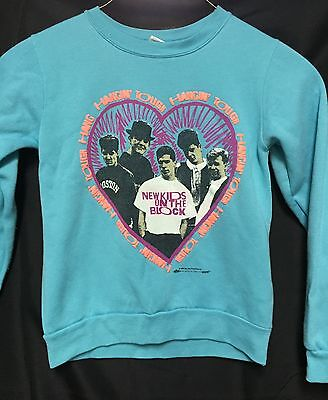 Vintage NEW KIDS ON THE BLOCK Sweater nkotb giant heart & picture size 12