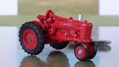 Farmall Ih Vintage Narrow Front Tractor Diecast Scale 1/64 New #35110