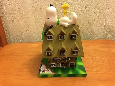 Peanuts Snoopy Superintendet Westland Giftware Doghouse Days Of Summer Figurine
