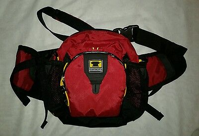 MountainSmith Swift II Fanny Pack Hiking Red Black