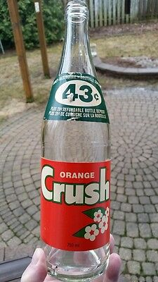 Orange Crush Paper Label 750 ml Soda Pop Bottle Canadian 1970's Screw Top
