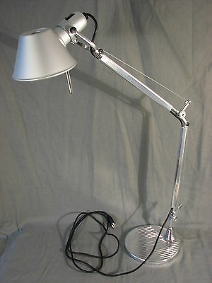 artemide tolomeo mini schreibtischlampe lampe eur 139 00 picclick de. Black Bedroom Furniture Sets. Home Design Ideas