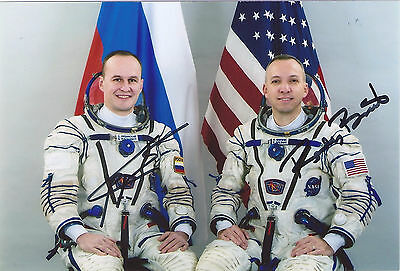 Soyuz MS-04 Backup Crew - RYAZANSKY BRESNIK signed photo 6*8 in
