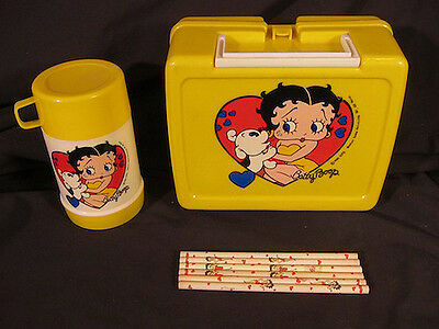 Betty Boop Plastic Lunch Box 1989 w/ Thermos & 5 Betty Boop Pencils USA Vintage
