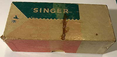 VINTAGE SINGER SEWING MACHINE BOX WITH PARTS AND MANUAL FOR Style-O-Matic 328P