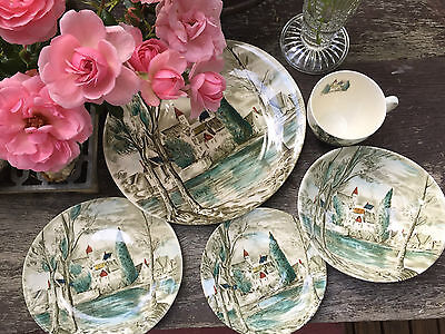 VINTAGE JOHNSON BROS DREAM TOWN 5 pc's Dinner & Bread Plate - Bowl Cup & Saucer