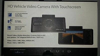 Fluid HD vehicle dash cam with touchscreen