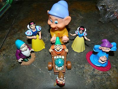 Disney's Snow White And The 5 Dwarves  Plastic Toys - Cake Toppers - Lot Of 7