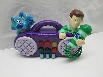 Blues Clues Sing Along with Steve Light Up Musical Radio Boombox & Microphone