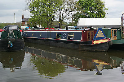 Two Waters - 60ft semi traditional stern narrowboat
