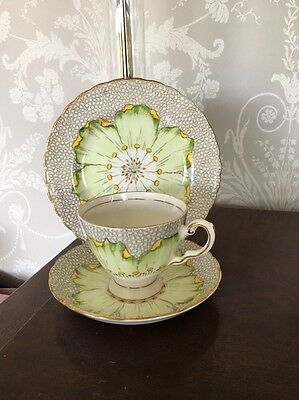 Vintage Tuscan Trio Cup Saucer Plate Water lily 1940's Design
