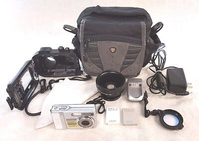 Sealife DC500 Digital Underwater Camera W/ Wide Angle & Close up Lenses and Bag