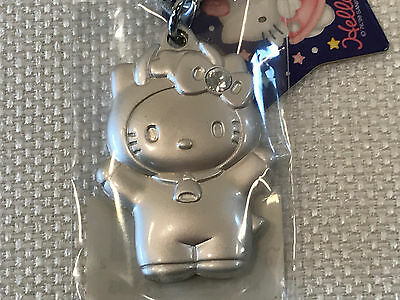 Rare Hello Kitty Taurus Zodiac Metal Keychain, 2000, NEW IN PACKAGE