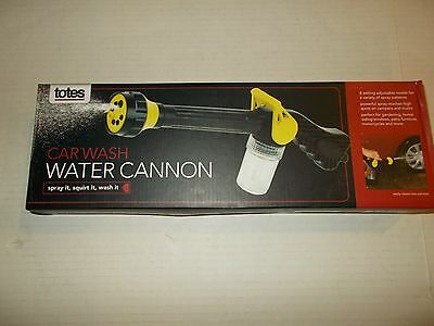 New Totes Water Cannon Car Wash Hose Sprayer Attachment