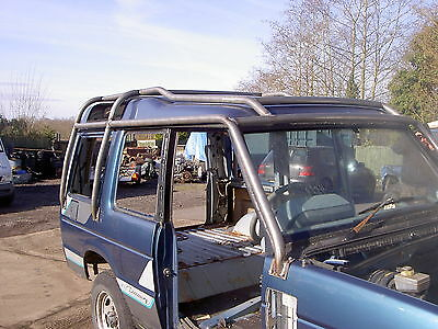 Discovery 1 External Roll Cage