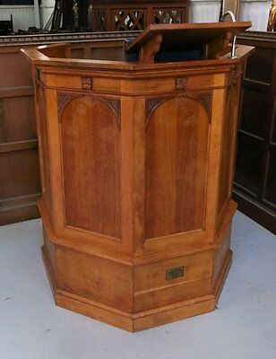 Smaller size Oak Pulpit with simple gothic designs