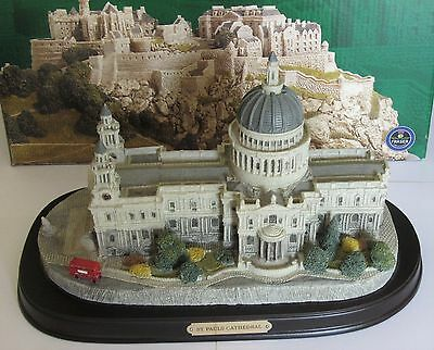 Fraser Creations St Pauls Cathedral BNIB   (Large size on wooden plinth)