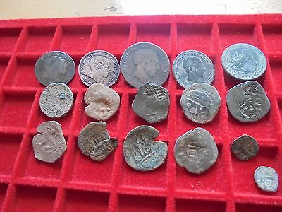 Superb lot of 16 spanish coins copper  , maravedis & cobs , pirate time ,