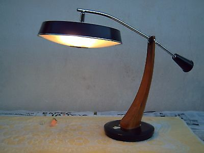 "Lámpara Fase mod. PRESIDENT (""PÉNDULO""). Old Fase desk lamp, GREAT PRESERVATION."
