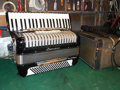 "LESMANN /  Morbidonni Accordion Organ Piano Accordion 19.5"" kb 8 switches"