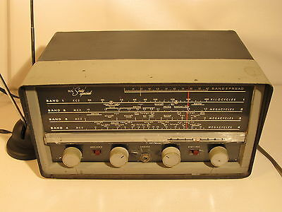 Vintage, working  tube radio, National Co. model NC 60 A  (ref 706)