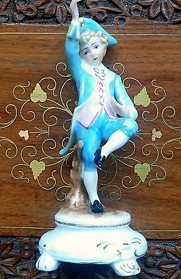 Beautiful vintage probably Sitzendorf young Mozart dancing 6 inches high