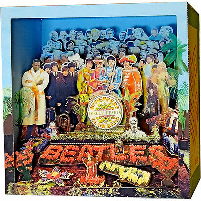 The Beatles Sgt. Pepper's Lonely Hearts Club Band Amazing Paper Diorama 2017 NEW