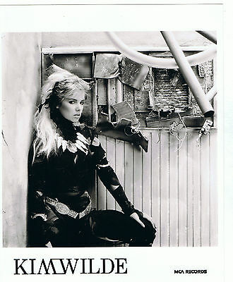 "Kim Wilde UK MCA Original Promo Photo 10"" x  8"""