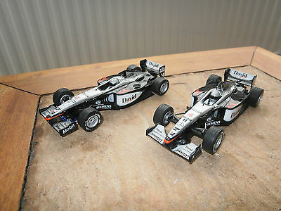 2 x  Scalextric F1 Slot Car Mclaren MP4-16 'David'