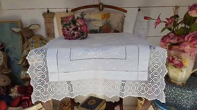 Stunning Vintage Embroidered White Work Buffet Cloth Lace Edges