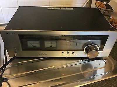 Toshiba Stereo Tuner ST-230