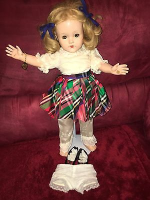 """Effenbee  Little Lady Ann Shirley 1940's Vintage Composition 18"""" Doll. EUC"""