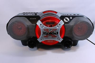 SONY CFD-G555 CPK ,stereo radio,cassette, CD player-boombox (ref 874)