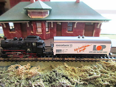 Marklin Z - DB 0-6-0 Steam Locomotive (Black) w/logo box car #8177