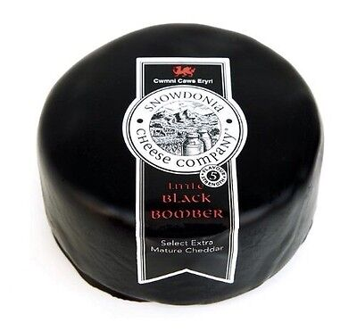 2X 200g Snowdonia Black Bomber Extra Mature Cheddar Cheese