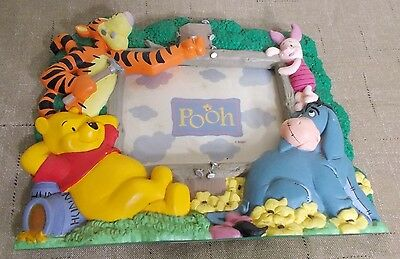 """Disney POOH & Friends Picture Frame ~ Holds up to a 3.5"""" by 5"""" Photo ~ Excellent"""