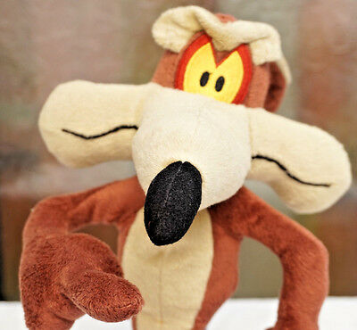 Boots / Looney Tunes 14 Inch Wile E Coyote Soft / Plush Toy Roadrunner