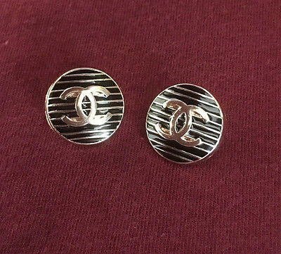 Chanel Black And Gold Color Striped 2 Buttons 1.5cm (15mm)