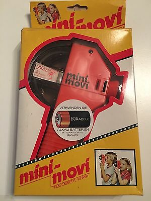Vintage Thor - Earthquake - 1978 - Mini Movi Film Cassette Viewer