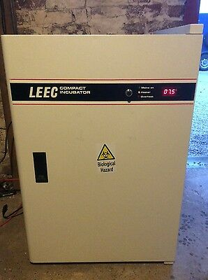 LEEC compact incubator excellent condition