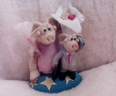 Collectable Piggin Domestic Goddess 2001 5 ins. in height.