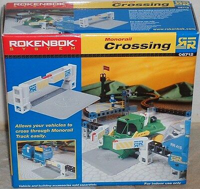 Rokenbok Accessories Monorail Crossing in Box