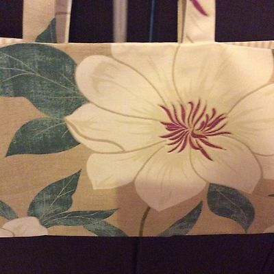 knitting bag,19 x 9 inch,beige fryetts floral,white Lining.