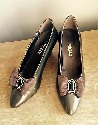 SALE---Vintage Bally Shoes Italian Leather Suede Bow Brown Gold Heels  Euro 36