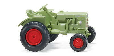 WIKING HO scale - FAHR TRACTOR - FULLY ASSEMBLED 1/87 scale model 087704