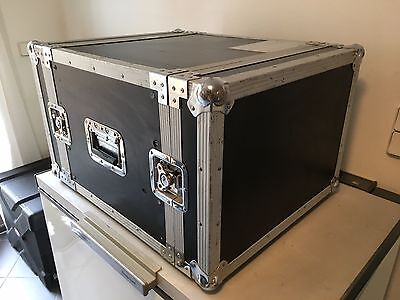 """MGM Flightcase Transportkoffer 19"""" mit 7HE MADE IN GERMANY guter Zustand"""