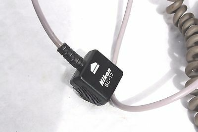 Nikon SC-17 off-camera TTL flash cable for Nikon Speedlights with SWITCH